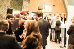 Хедхантеры: Поиск специалистов на конференциях и форумах